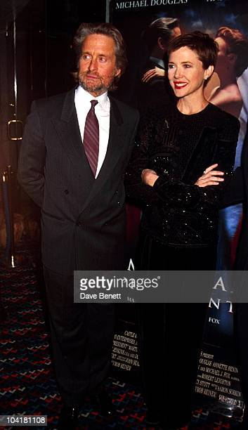 Michaeldouglasretro American President Movie Premiere London Michael Douglas_annette Bening