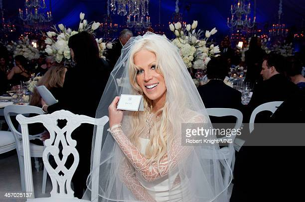 Michaele Schon attends her wedding to Neal Schon at the Palace of Fine Arts on December 15 2013 in San Francisco California