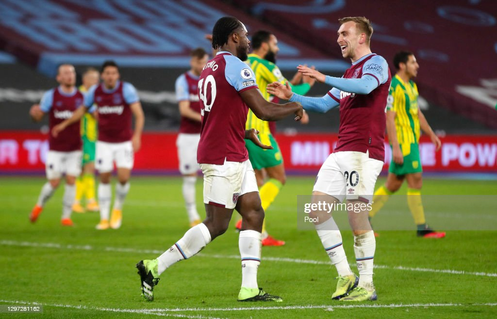 West Ham United v West Bromwich Albion - Premier League : News Photo