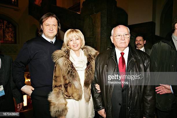 Michail Gorbatschow Mit Tochter Dr Irina Virganskaya Und Begleitung Der Verleihung Des 12 Bild Osgar Im Neuen Rathaus Leipzig Am 140305