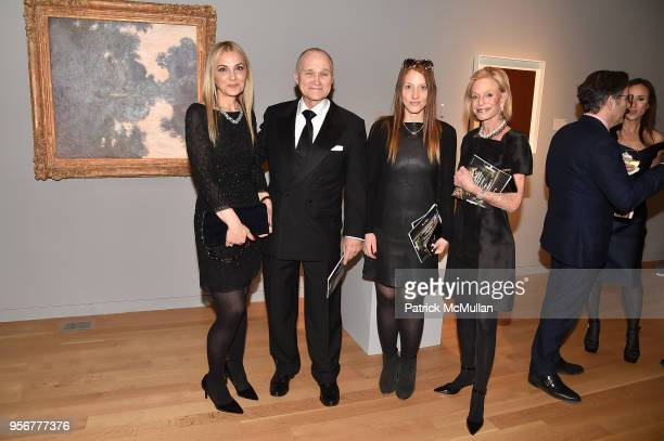 Michal Grayevsky Ray Kelly Guest and Linda Lindenbaum attend Alzheimer's Drug Discovery Foundation 12th Annual Connoisseur's Dinner at Sotheby's on...
