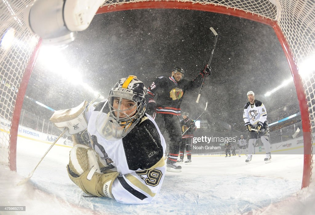 2014 NHL Stadium Series - Pittsburgh Penguins v Chicago Blackhawks