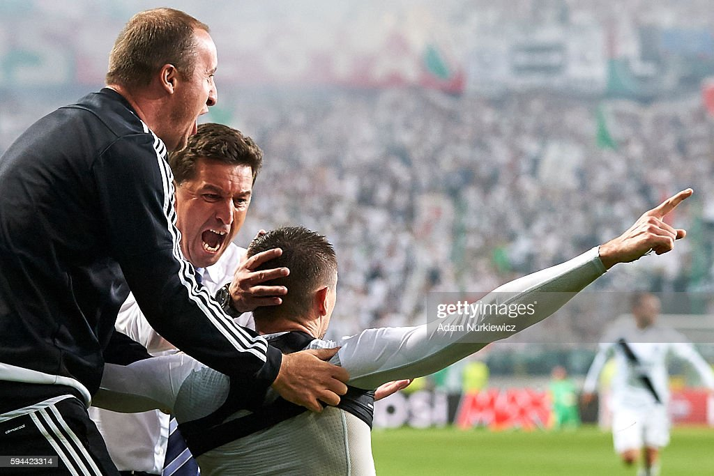 Legia Warsaw v Dundalk FC - UEFA Champions League Play Off 2nd Leg : News Photo
