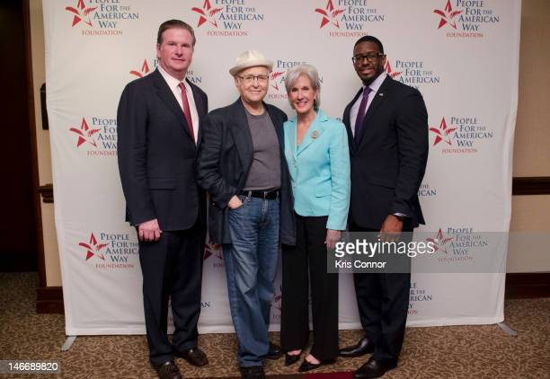 Micheal Keegan Norman Lear Kathleen Sebelius and Andrew Gillum pose for a photo during the Young Elected Officials Network National Convening at...
