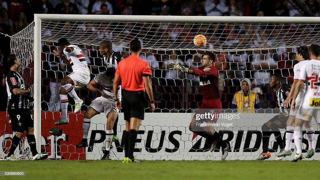Sao Paulo v Atletico MG - Copa Bridgestone Libertadores 2016 - Quarter-Finals : News Photo