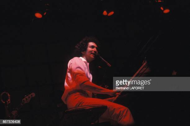 Michel Berger en concert a l'Olympia le 15 avril 1982 a Paris France