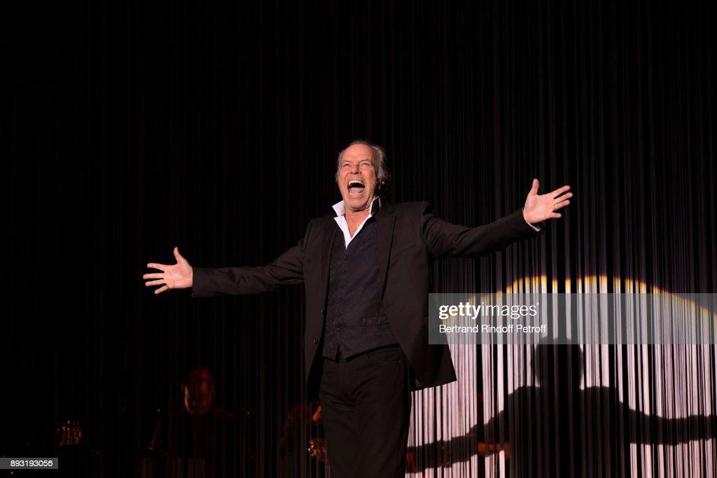 """Michel Leeb 40 Ans"" : Theater Show At Casino De Paris"