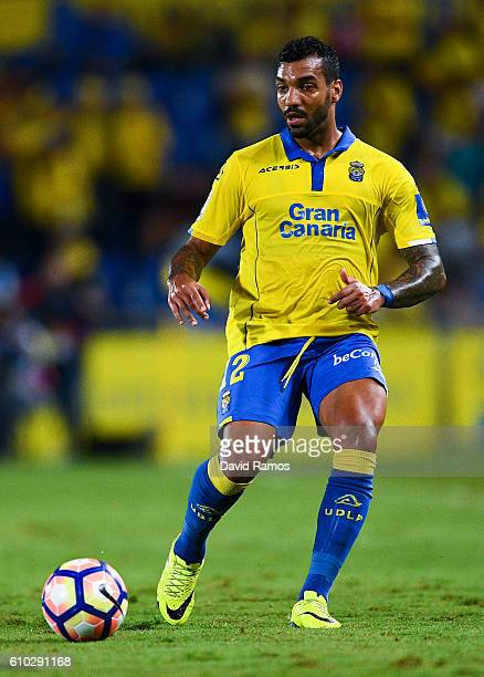 Michel Macedo of UD Las Palmas runs with the ball during the La Liga match between UD Las Palmas and Real Madrid CF on September 24 2016 in Las...