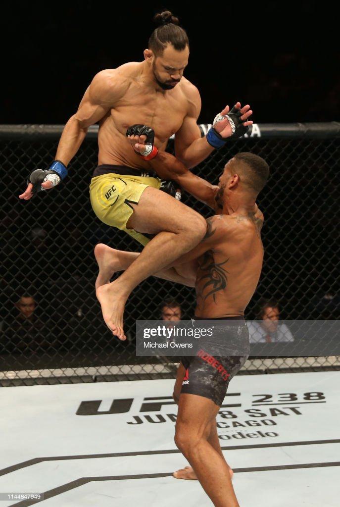 UFC Fight Night: Roberts v Pereira : News Photo