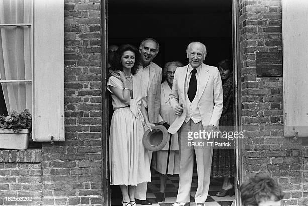 Michel Piccoli Marries Ludivine Clerc. Michel PICCOLI, 52 ans, épouse Ludivine CLERC, 30 ans, à la mairie de Saint-Philbert, dans l' Eure, à une...