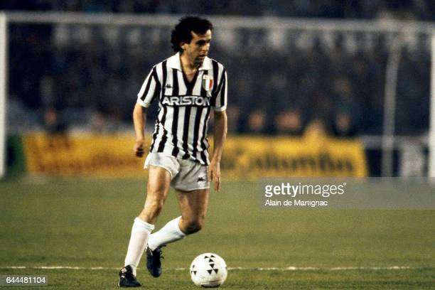 Michel PLATINI Bordeaux / Juventus Turin 1/2 finale retour Coupe d'Europe des Clubs Champions Bordeaux Photo Alain De Martignac / Icon Sport