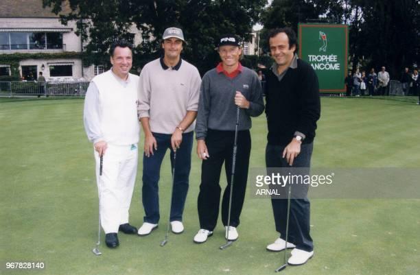 Michel Platini et Henri leconte lors du Trophée Lancôme à SaintNomlaBretèche le 16 septembre 1998 France
