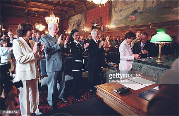 Michel Rocard and Sylvie Pelissier's wedding at city hall of 14th district In Paris France On April 20 2002 Sylviane and Lionel Jospin Edith Pisar...