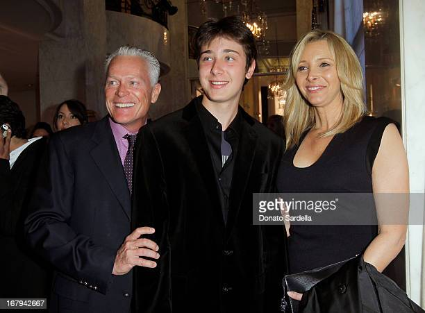"""Michel Stern, Julian Murray Stern and actress Lisa Kudrow attend EIF Women's Cancer Research Fund's 16th Annual """"An Unforgettable Evening"""" presented..."""