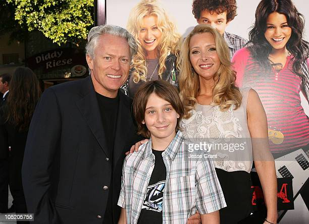 """Michel Stern, Julian Stern and actress Lisa Kudrow arrive to the Los Angeles Premiere of """"Bandslam"""" at Mann Village Theatre on August 6, 2009 in..."""