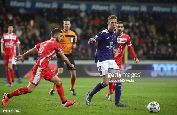 Michel Vlap of Anderlecht battles for the ball with Deni Hocko of Mouscron during the Jupiler Pro League match between RSC Anderlecht and Royal Excel...