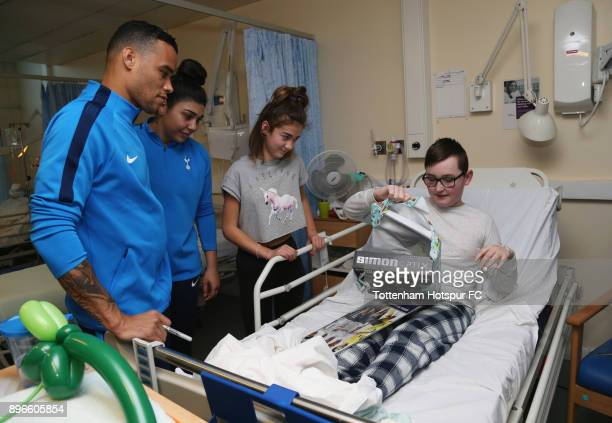 Michel Vorm and Renee Hector meet a young patient during a Tottenham Hotspur player visit at Princess Alexandra Hospital on December 21 2017 in...