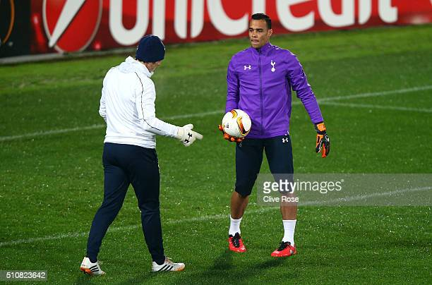 Michel Vorm of Tottenham Hotspur talks with Toni Jiminez Goalkeeping Coach of Tottenham Hotspur during a training session ahead of the UEFA Europa...