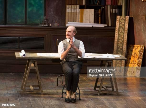 Michel Vuillermoz lors de l'interprétation de L'Hôtel du LibreÉchange de Georges Feydeau par la troupe de la ComédieFrançaise à la salle Richelieu le...