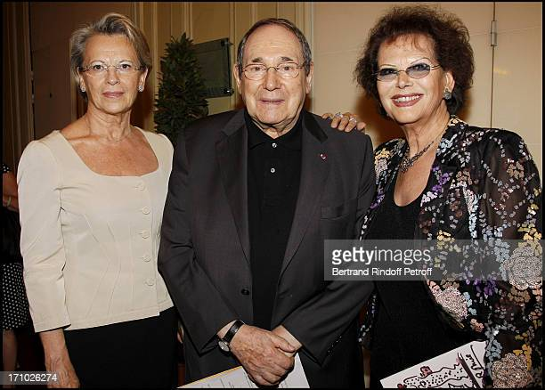 Michele Alliot Marie Robert Hossein and Claudia Cardinale at 25th Gala Of Association L'Aide Aux Enfants Refugies To Help Children In Cambodia At...