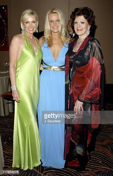 Michele Herbert and Tricia Walsh Smith Benefit CoChairs of the American Cancer Society's Spring Gala 2004 with Anna Moffo Sarnoff