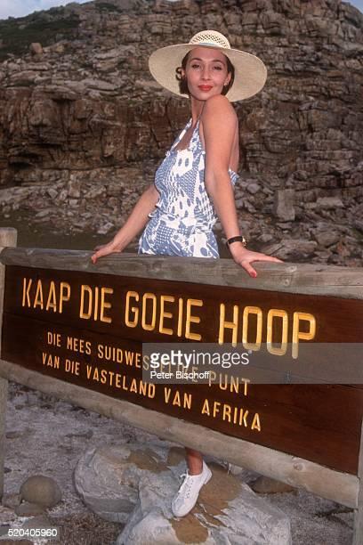 Michele Marian PrivatAusflug neben den Dreharbeiten zur ZDFSerie 'Der Millionenerbe' Folge 'Heiße Tage in Kapstadt' am zum 'Kap der guten Hoffnung'...