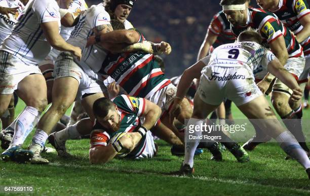 Michele Rizzo of Leicester dives over for the first try during the Aviva Premiership match between Leicester Tigers and Exeter Chiefs at Welford Road...
