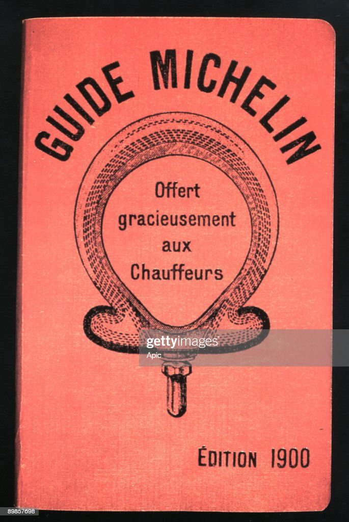 Michelin Guide given to drivers, 1900 : News Photo