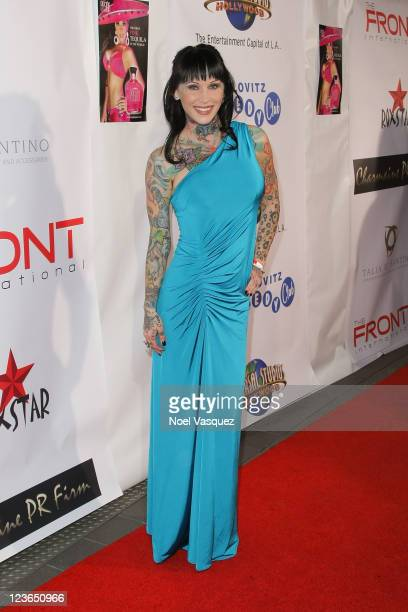 Michelle Bombshell McGee attends a Tara Reid hosted Golden Globes viewing dinner party at the Jon Lovitz Comedy Club on January 16 2011 in Universal...