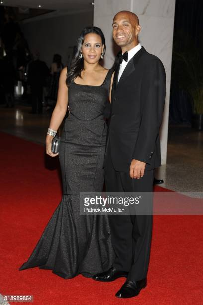 Michelle Fenty and DC Mayor Adrian Fenty attend The 2010 WHITE HOUSE CORRESPONDENT'S DINNER – ARRIVALS at The Washington Hilton on May 1st 2010 in...