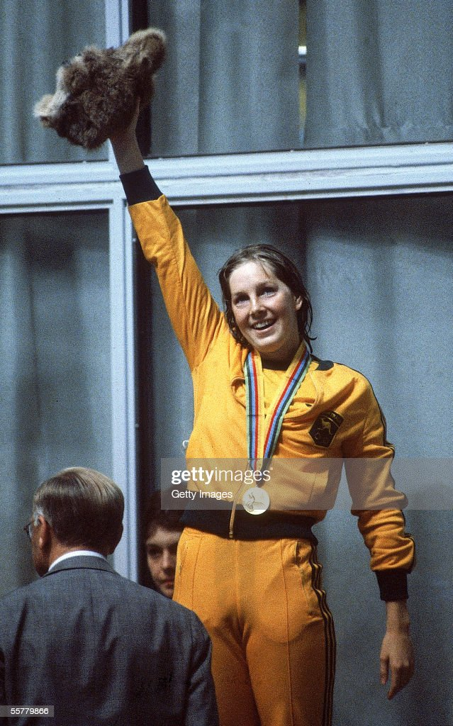 Michelle Ford of Australia celebrates winning gold in the Womens 800m Freestyle during the 1980 Olympic Games in Moscow, Russia.