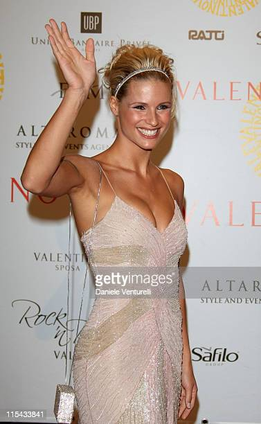 Michelle Hunziker arrives for the 'Valentino 45th Anniversary Celebration' Gala held at the Villa Borghese in the Parco dei Daini on July 7 2007 in...