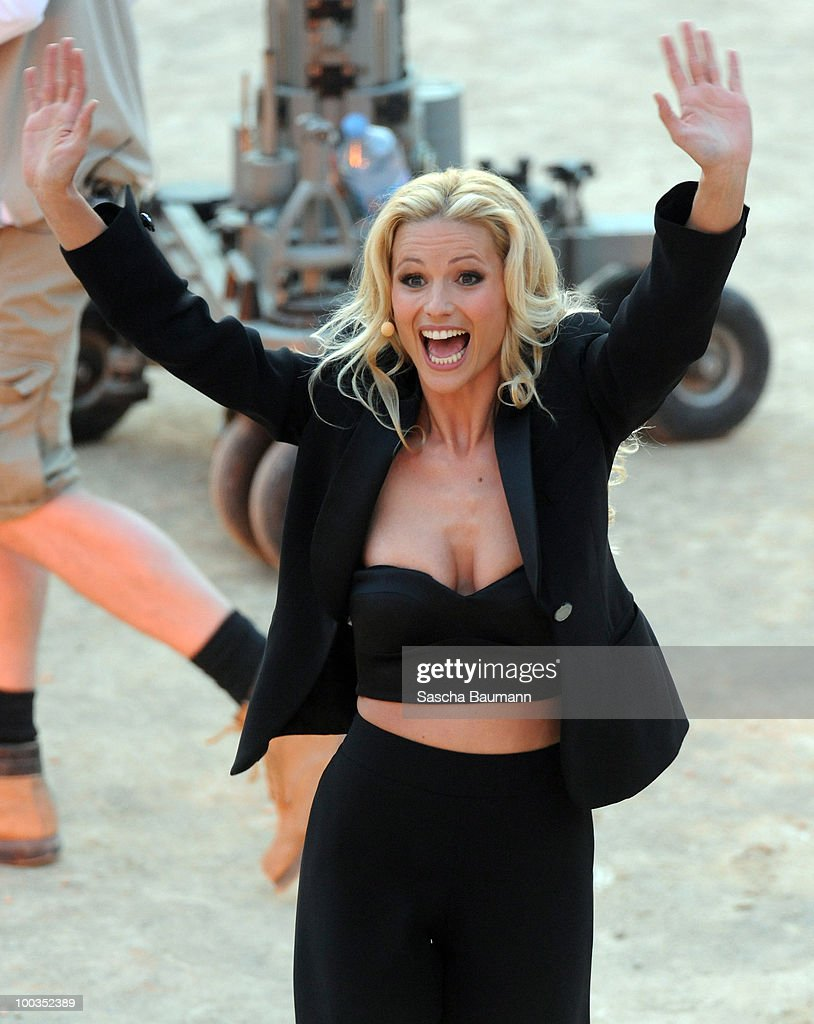 Michelle Hunziker attends the Wetten Dass...? Summer Edition on May 23, 2010 in Palma de Mallorca, Spain.