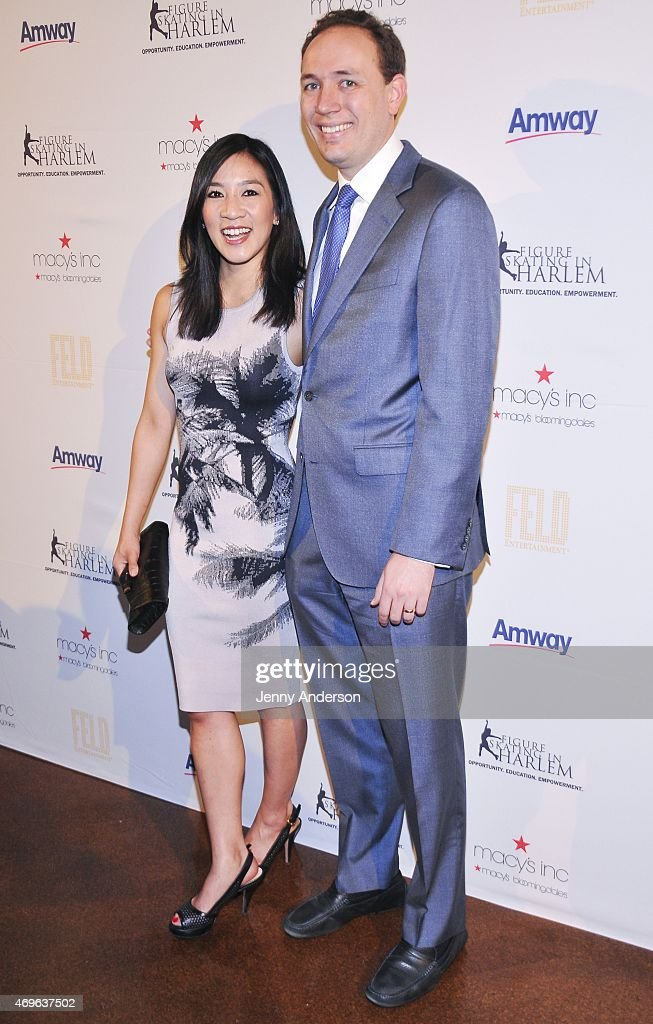 The 10th Annual Skating With The Stars Benefit Gala : News Photo