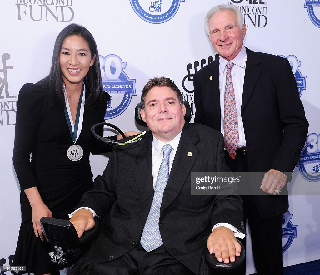 30th Annual Great Sports Legends Dinner To Benefit The Buoniconti Fund To Cure Paralysis - Arrivals : News Photo