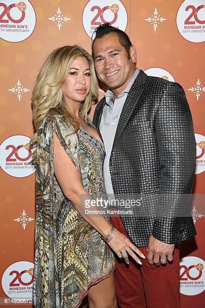 Michelle Mangan and baseball player Johnny Damon walks the red carpet before the Ballroom After Party with Chrissy Teigen and LL Cool J for Mohegan...