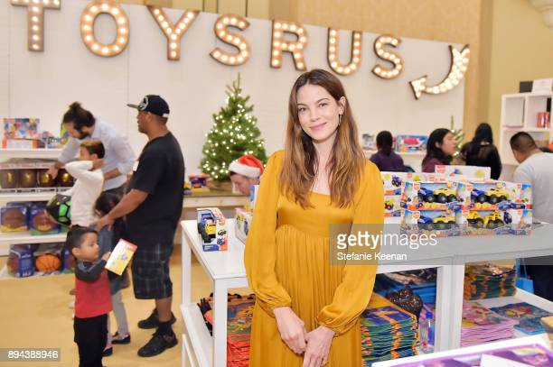 Michelle Monaghan attends The Baby2Baby Holiday Party presented by Toys'R'Us at Montage Beverly Hills at Montage Beverly Hills on December 17 2017 in...