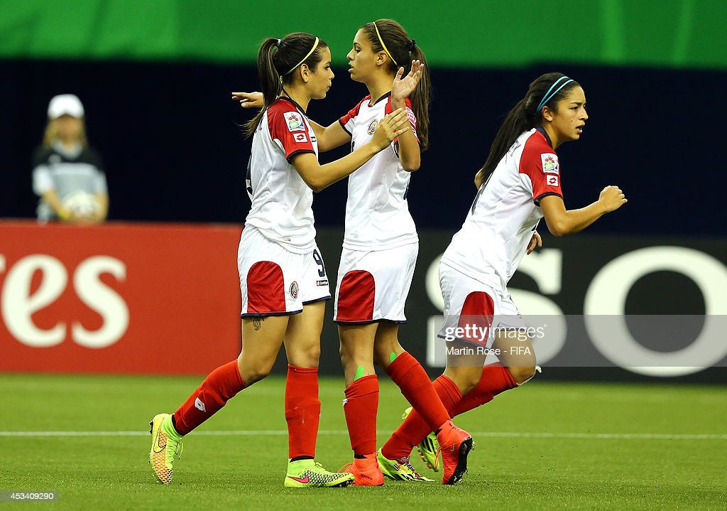 Paraguay v Costa Rica: Group D - FIFA U-20 Women's World Cup Canada 2014 : News Photo
