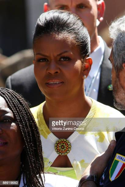L'AQUILA ITALY JULY 09 Michelle Obama visits the 'Palazzo del Governo' of L'Aquila on July 9 2009 in L'Aquila Italy World leaders attending the G8...