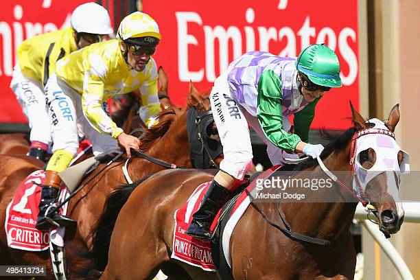 Michelle Payne riding Prince Of Penzance wins race 7 the Emirates Melbourne Cup on Melbourne Cup Day at Flemington Racecourse on November 3 2015 in...