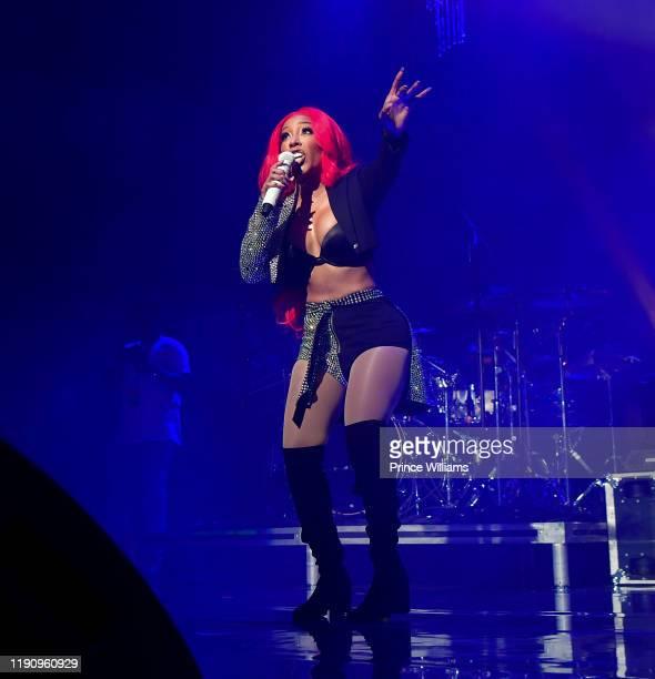 Michelle performs at K. Michelle In concert - Atlanta, GA at The Tabernacle on November 26, 2019 in Atlanta, Georgia.