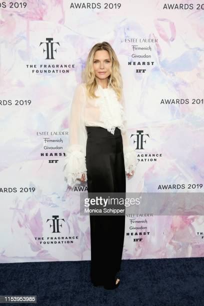 Michelle Pfeiffer attends the 2019 Fragrance Foundation Awards at David H Koch Theater at Lincoln Center on June 05 2019 in New York City