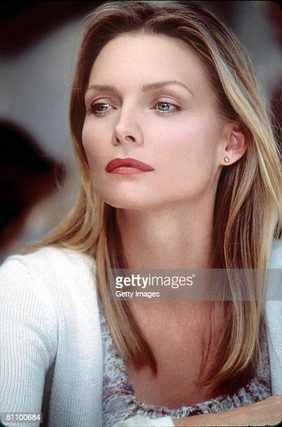 Michelle Pfeiffer Stars As Katie Jordan In The Romantic Comedy The Story Of Us