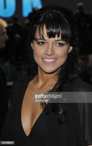 Michelle Rodriguez attends the World Premiere of Avatar at Odeon Leicester Square on December 10 2009 in London England