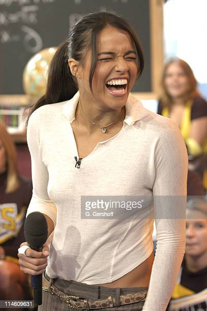 Michelle Rodriguez during Jamie Foxx Michelle Rodriguez and Cheyenne Kimball Visit MTV's 'TRL' May 4 2006 at MTV Studios in New York United States