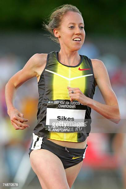 Michelle Sikes competes in the women's 5000 meter run on the second day of the AT&T USA Outdoor Track and Field Championships at IU Michael A....