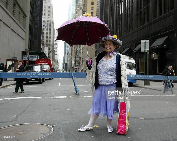 Michelle SimmsLopez shows off her Easter Bonnet on Fifth Avenue 11 April 2004 in New York The Easter Parade along Fifth Avenue from 49th to 57th...