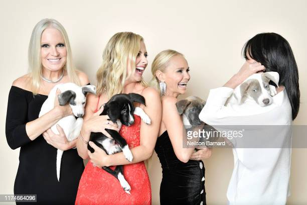 Michelle Vicary Sarah Michelle Gellar Kristin Chenoweth and Shannen Doherty pose for a portrait in the Getty Images People Magazine Portrait Studio...