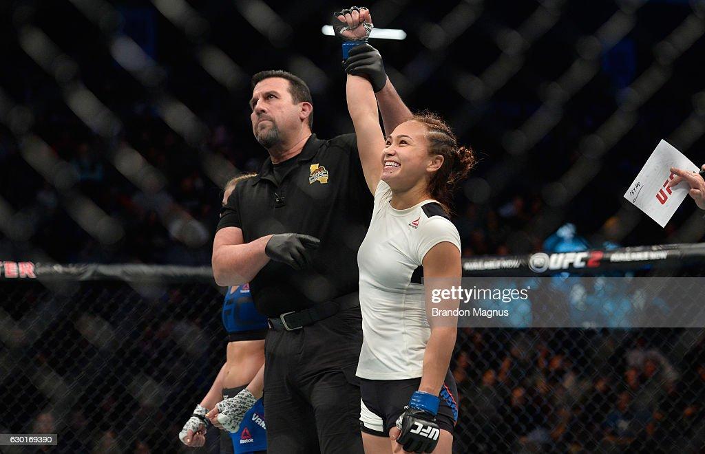 UFC Fight Night: VanZant v Waterson : News Photo