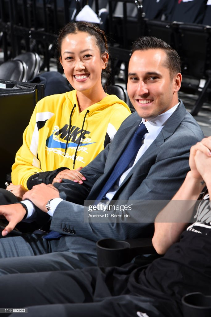 Western Conference Finals - Golden State Warriors v Portland Trail Blazers : News Photo